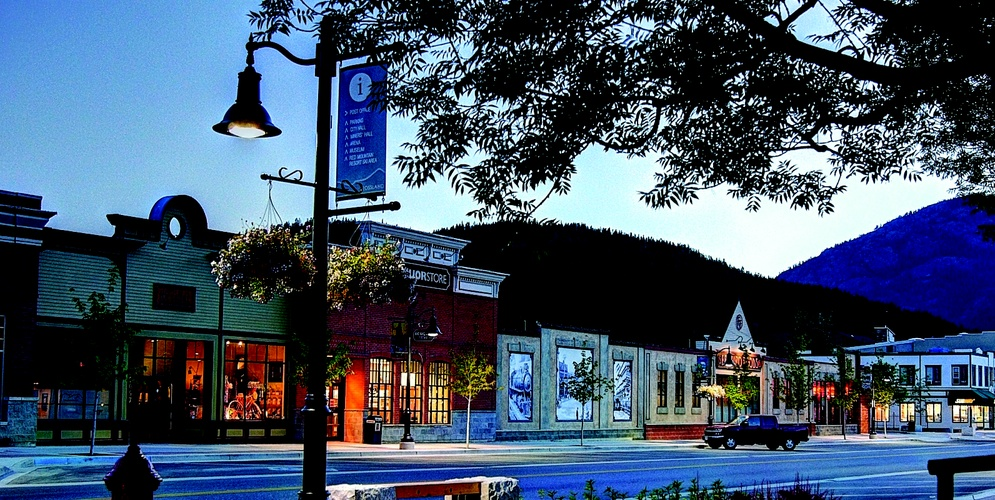Rossland Winter downtown
