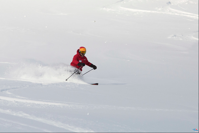 LAke Louise powder