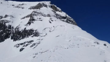 Backcountry Skier dies in Avalanche near Lake Louise